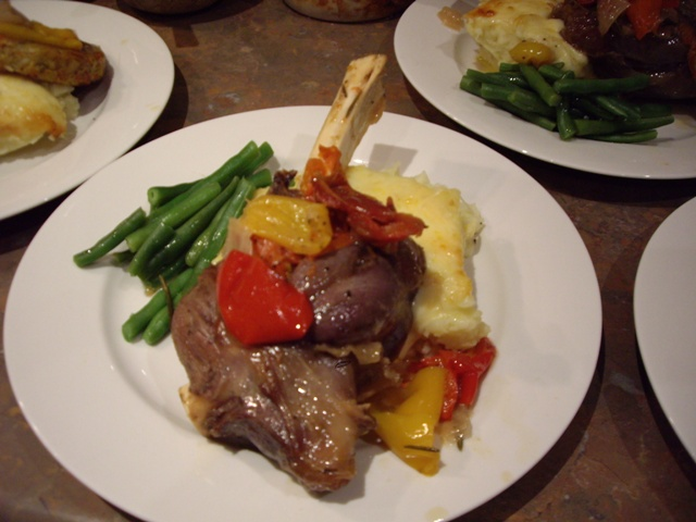 slow-cooked-tomatoe-pesto-lamb-shanks-014